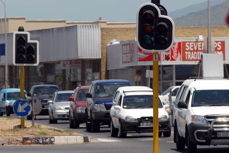 wpid-traffic-lights-without-power-are-seen-in-cape-town-south-africa-on-january-21-2008-due-to-cuts-by-the-national-electicity-supplier-eskom.jpg