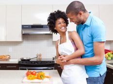 couple-cooking-together-lgn