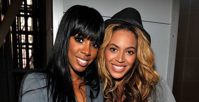 432E9C4A00000578-4783902-Mom_club_Kelly_Rowland_recently_revealed_she_s_very_excited_abou-a-11_1502512453331